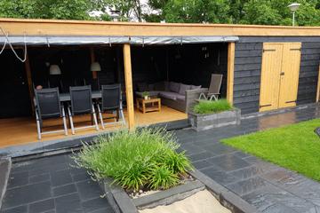 Overkapping In Tuin : Overkapping tuin zwart stalen terrasoverkapping staaltje van